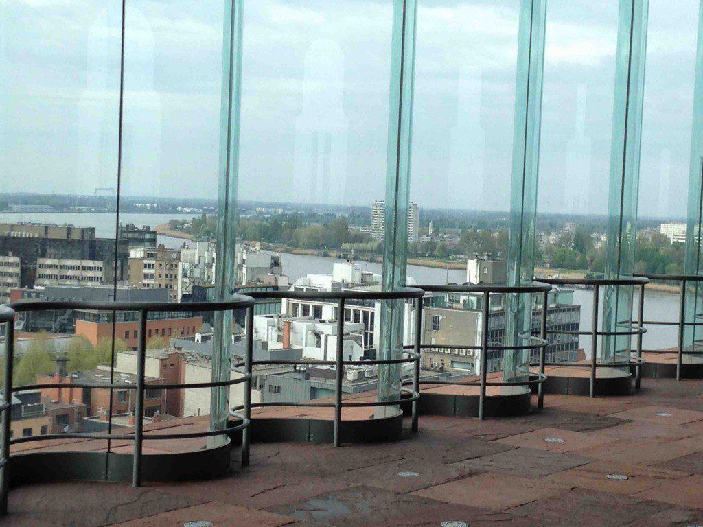 uitzicht over Antwerpen vanuit het MAS