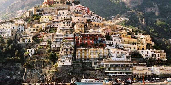 Amalfi in juli, ticket + 4-sterrenhotel € 443 !
