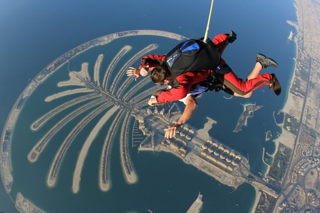skydiving-in-dubai-2