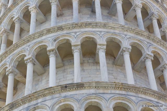 detail van scheve toren