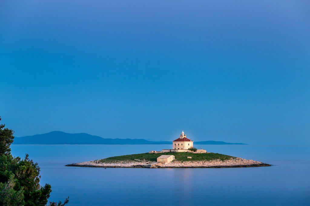 vuurtoren eiland Kroatië, eilandhoppen