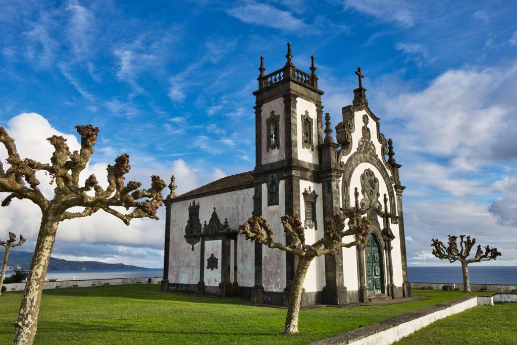 kerk op de azoren
