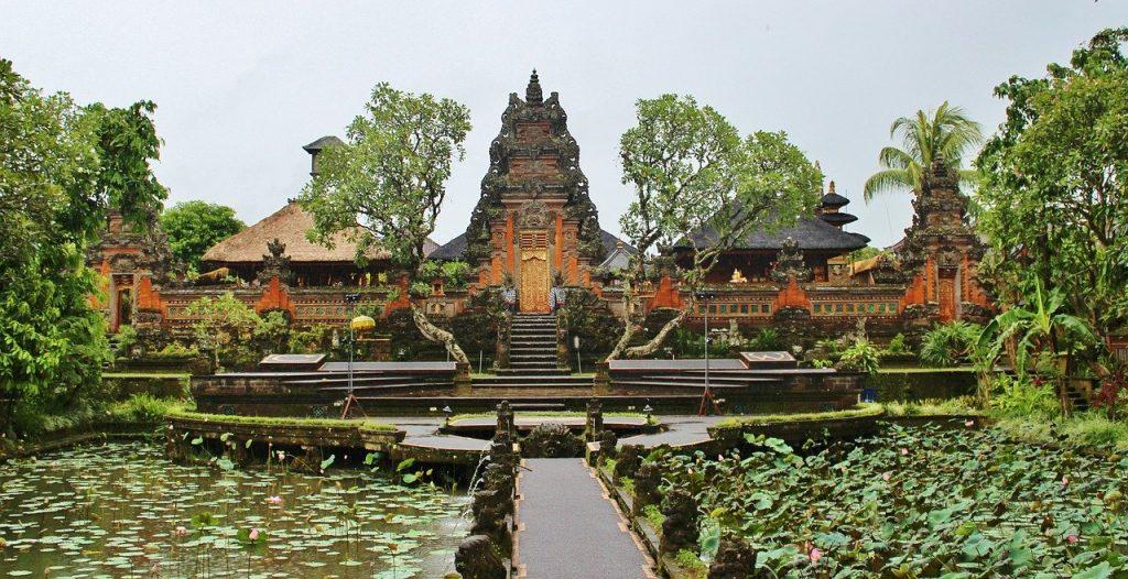 balinese temple, ubud, rondreis indonesië, rondreis java en bali