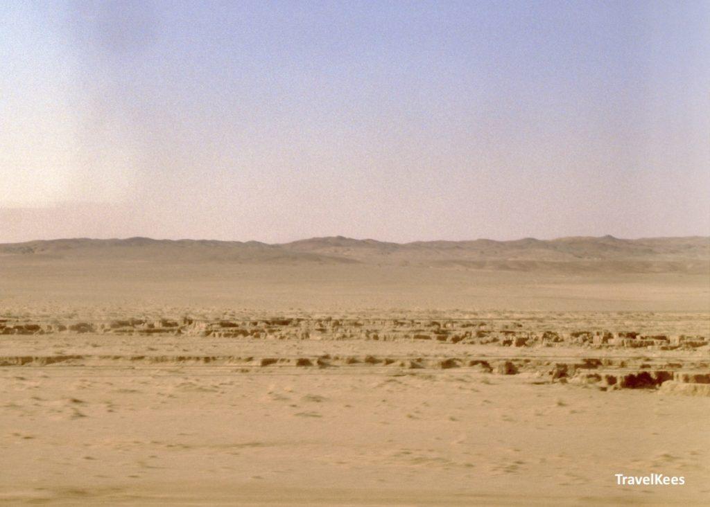 gobi woestijn vanuit de transsiberië express door mongolië