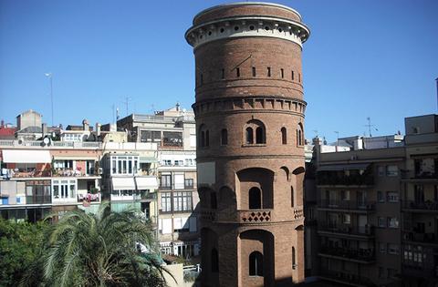 verrassingen van barcelona, jardines de la torre de les aigües,