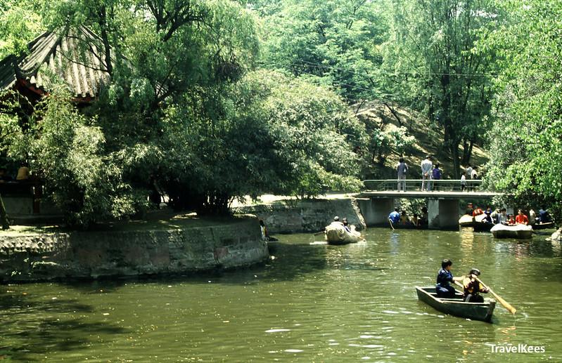 rowing boats in renmin park, chengdu