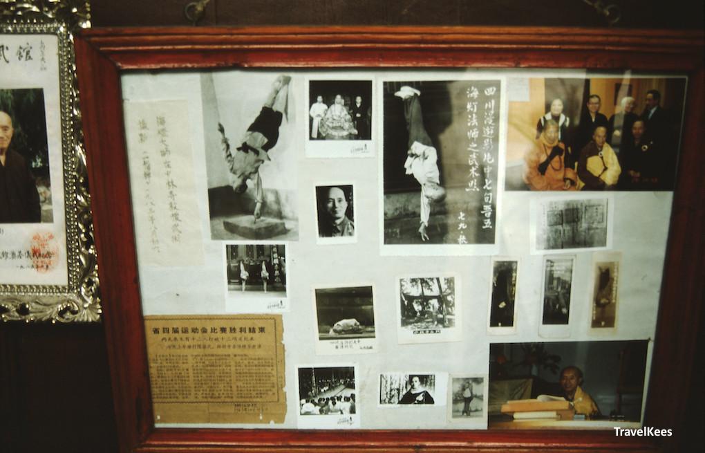 baoguang tempel - foto's van boeddhistische monniken in trance