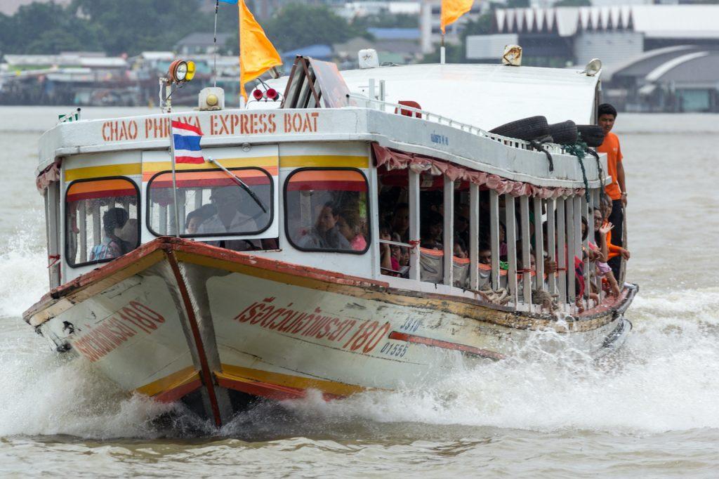 chao phraya express boat, rivierboot bangkok, bangkok