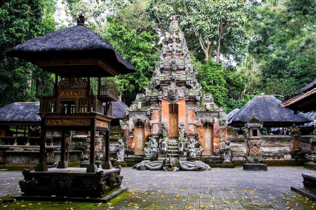 monkey forest tempel, apenbos, ubud