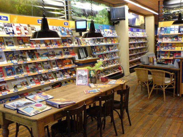 winkelinterieur van GoodBookers Haarlem
