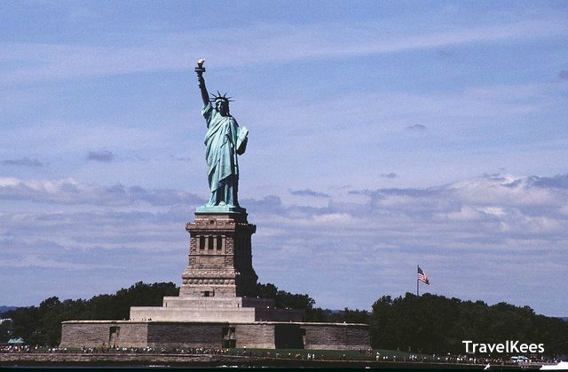 esta statue of liberty new york