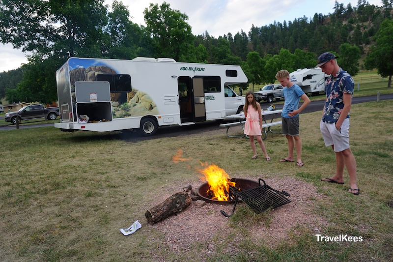 Custer State Park, Black Hills, camping, Game Lodge Campground, camper, kampvuur