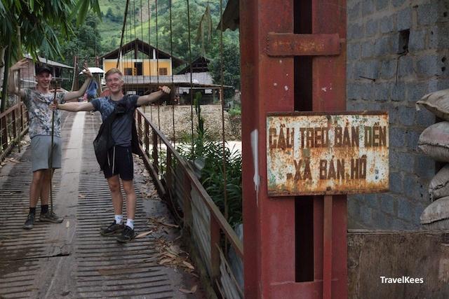 brug in het dorp Ban Ho, Vietnam