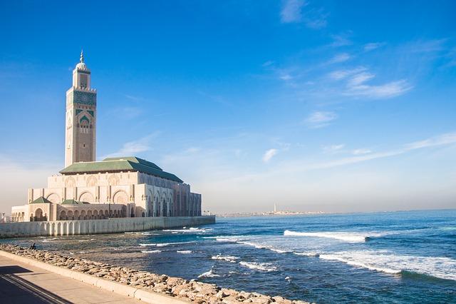 Hassan II moskee, Casablanca, moskee aan zee