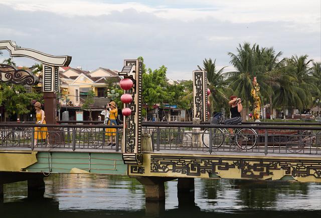 brug in de oude stad van Hoi An