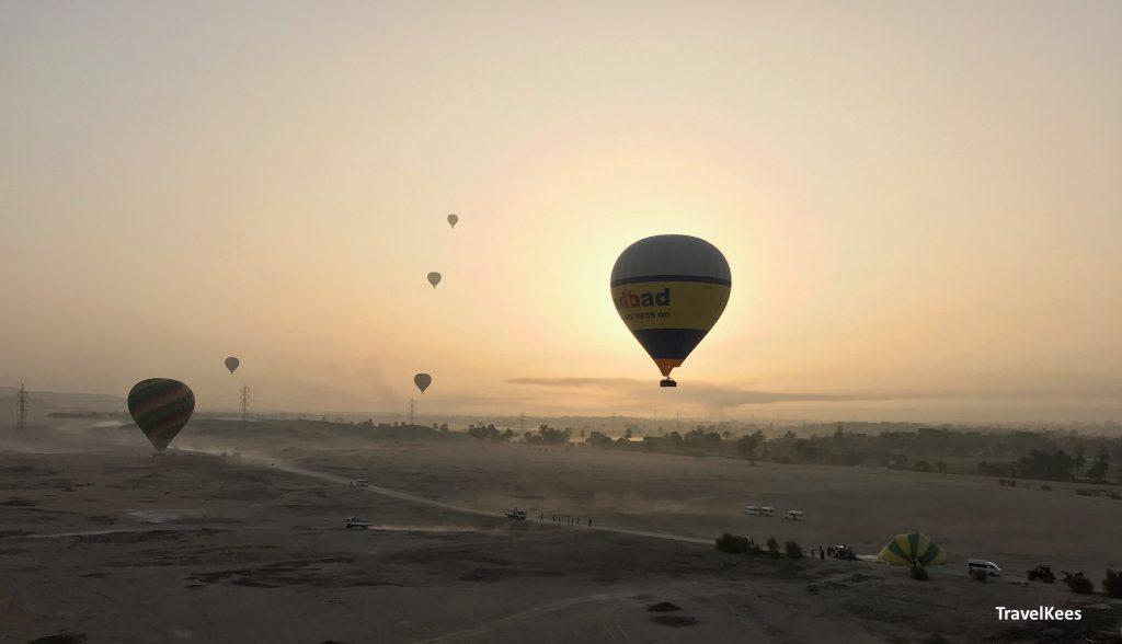 ballonvaart in luxor, zonsopkomst