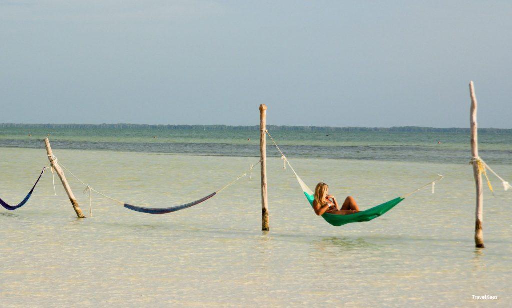 hangmatten op Punta Coco; 3 islands tour