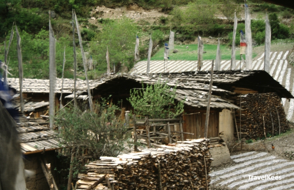 dorp in jiuzhaigou national park