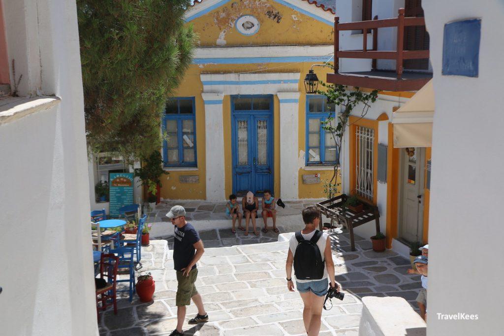 straatje in Lefkes, Paros