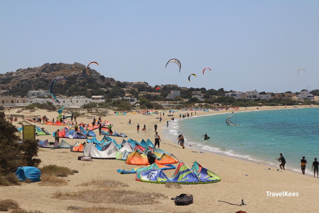 kitesurfers, naxos
